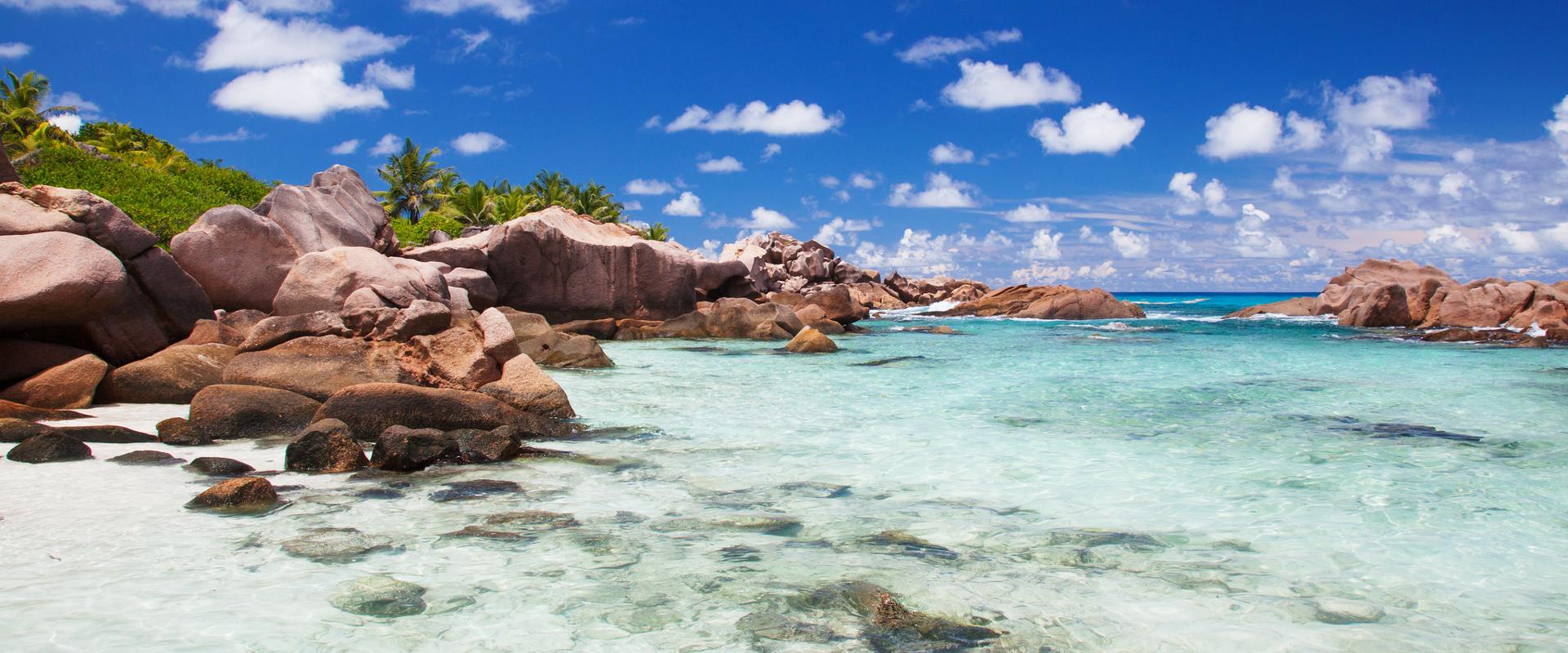 Seychelles   La Digue - Plage Cocos